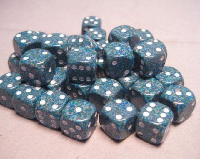 Sea Speckled 12mm d6 (36) - CHX25916 - Chessex