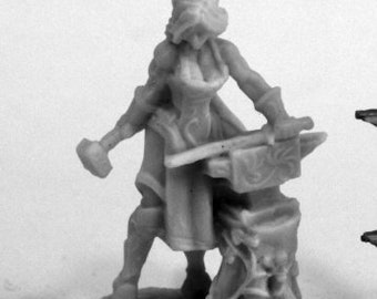Elven Blacksmith - 77459 - Reaper Miniatures
