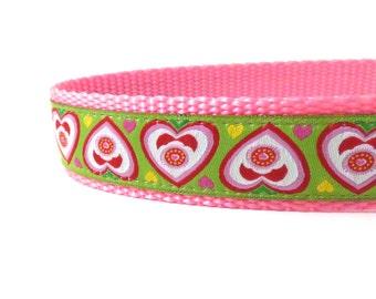heart's on green dog collar, Valentine's Day collar, pink dog collar, green dog collar, pink and green, nylon dog collar