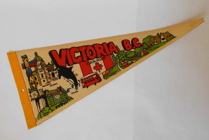 Vintage Medium sized Felt Pennant Flag British Columbia Canada
