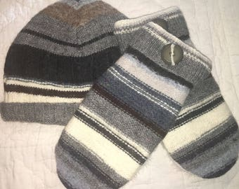 F14   Felted wool mitten and hat set   lined with fleece