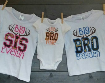 Personalized Big Little Bro Big Little Sis with Deer Antlers and Camo Applique Shirt or Bodysuit Girl or Boy