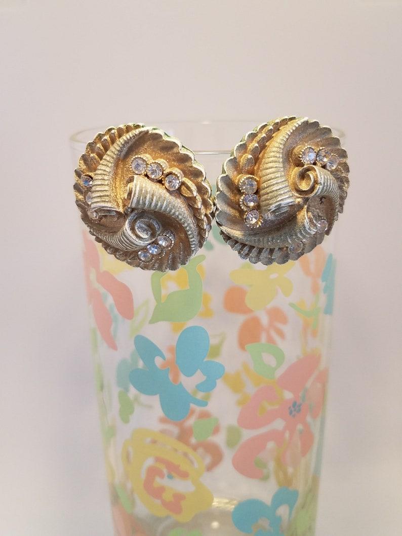 Vintage Clip-on Earring Celluloid Horns Cornucopia Beige Gold Rhinestone Shimmer 50/'s