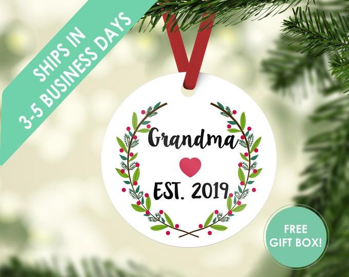 grandma ornament / Christmas ornament / custom ornament / ornament / grandma gift / personalized / grandma Christmas / grandparent ornament