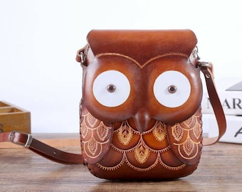 Gift Packet,3 Leather Owl Wristlet,Thick Bottom,Zip Closure Holiday Special !!