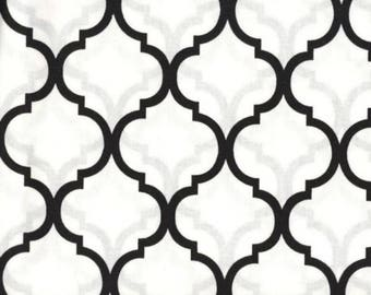 Quatrefoil Fabric White On Black 100 Cotton