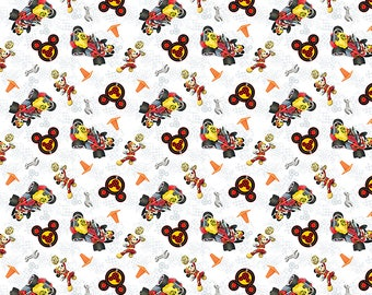 Minnie Traditional 65624 Minnie Dots Black 100/% Cotton Fabric by the Yard