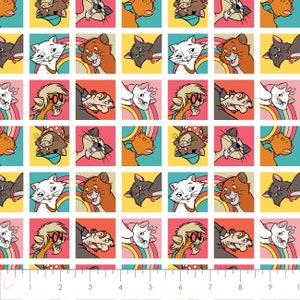 CA858 Disney The Aristocats Camelot 100/% cotton Fabric by the panel 35 x 43