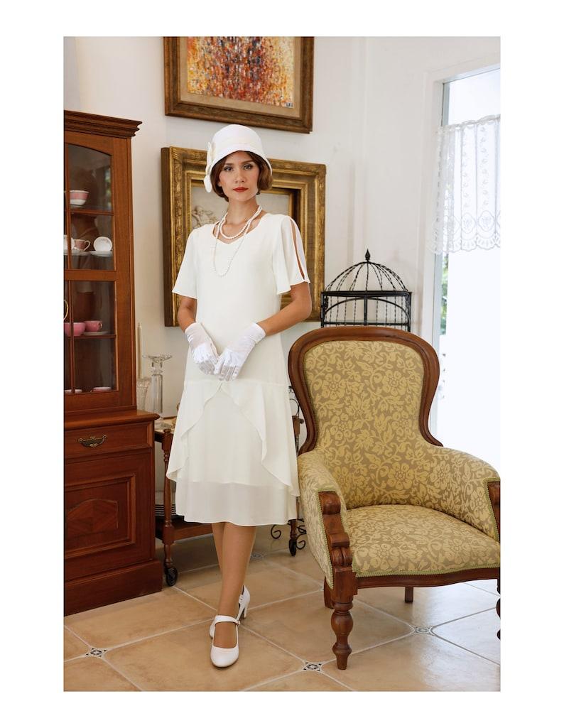 20b20934 1920s high tea dress in cream with sweetheart neckline Gatsby   Etsy
