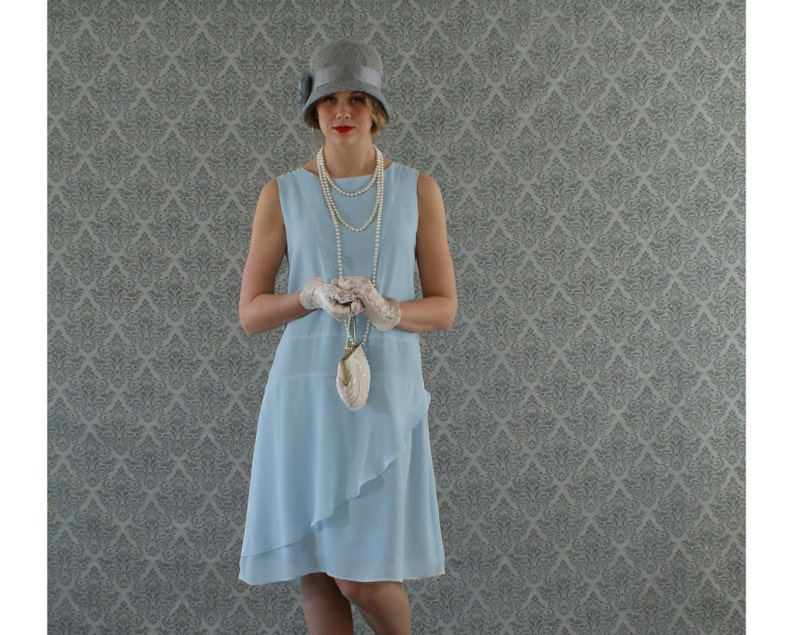 Buy 1920s Costumes Now | 20s Flappers & Gangsters CostumeBox