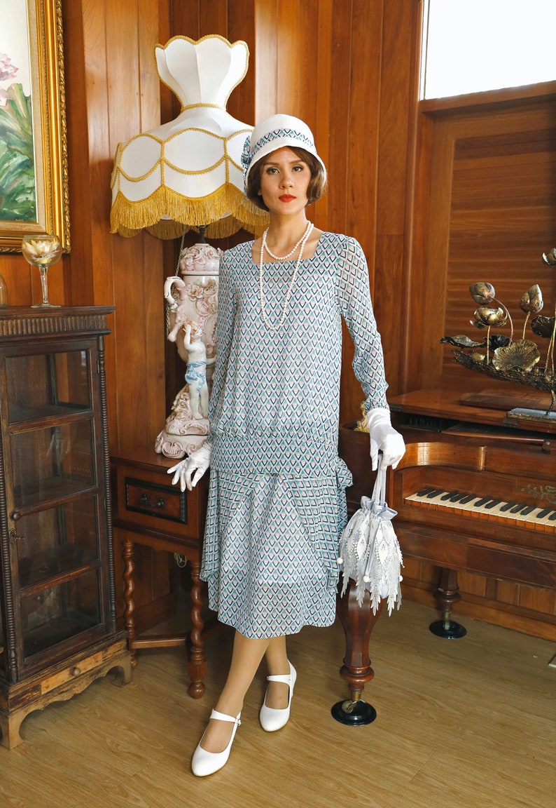1920s Day Dresses, Tea Dresses, Mature Dresses with Sleeves 1920s art deco two-piece chiffon dress 1920s ensemble Downton Abbey dress 1920s high tea dress Great Gatsby dress 1920er kleider La View Delight $150.00 AT vintagedancer.com