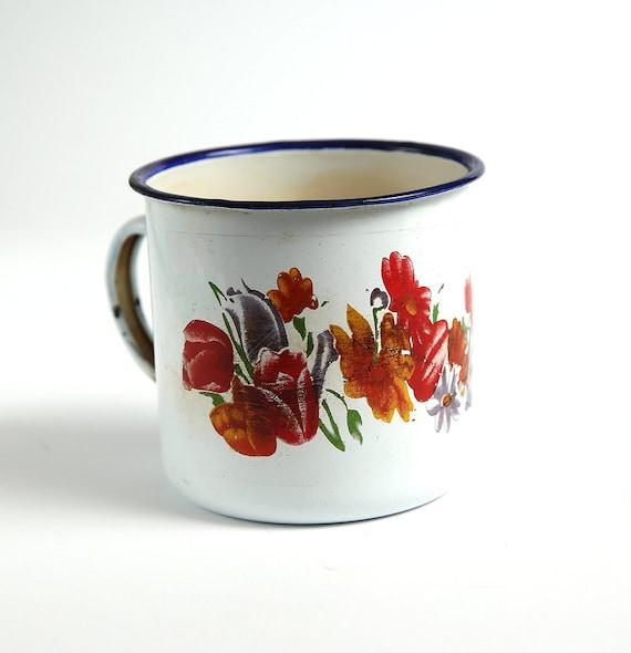 Enamel Kitchen Accessories: Cream Vintage Enamel Camping Cup Kitchen Decor Farmhouse