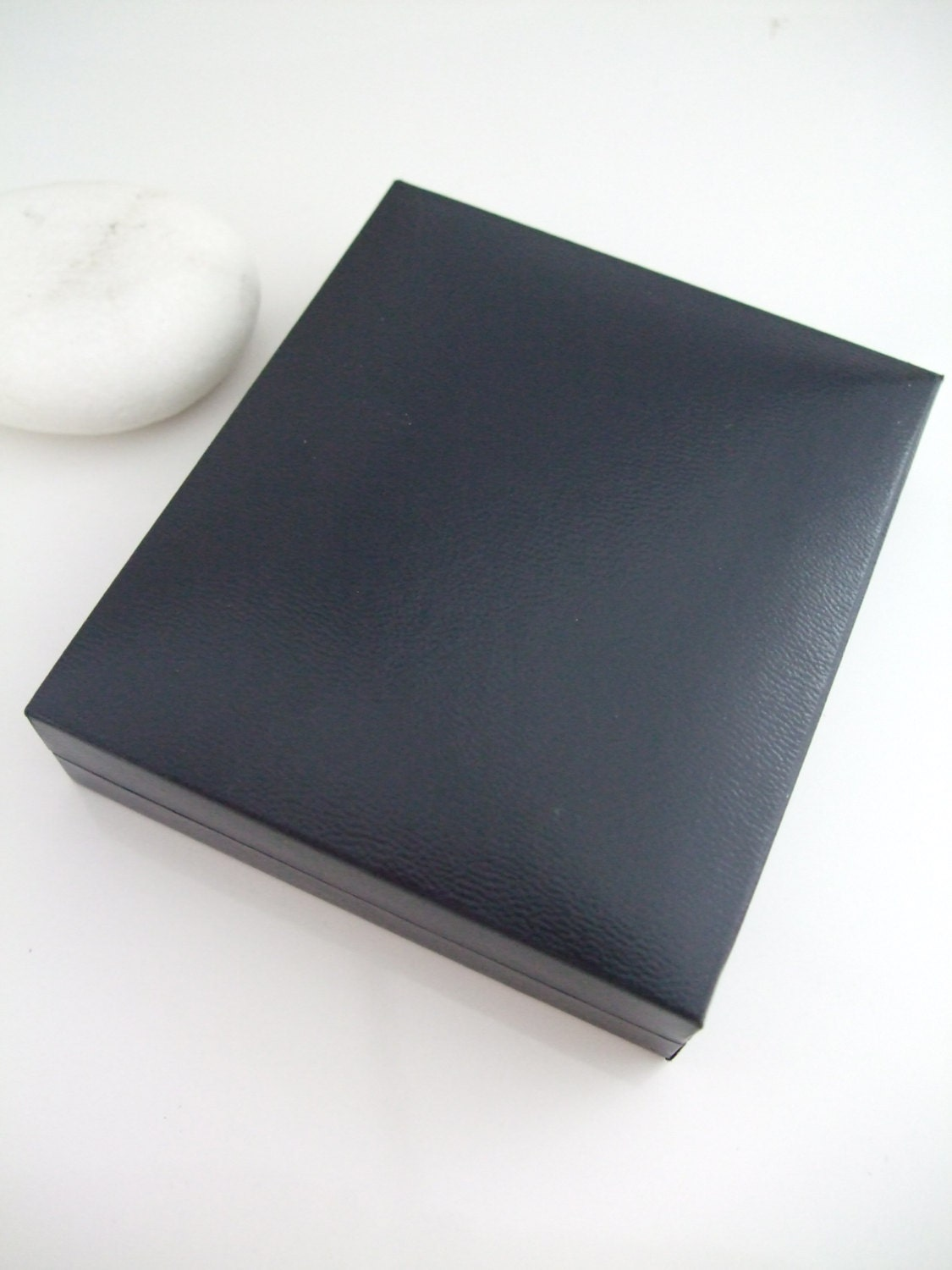 Luxury Dark Blue Jewellery Gift Box For Earrings Or Small Pendant Leatherette Jewelry Gift Box Boxes Uk Seller Exgb 002