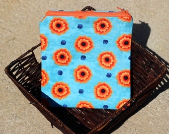 """Zipper pouch 100% cotton with beautiful poppies 7"""" x 6"""""""