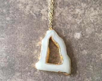 White Agate Necklace / White Agate Pendant Necklace / Agate Slice Necklace / Agate Necklace / Layering Necklace / Layered Necklace