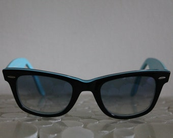 e50027029e605 80s 90s Ray Ban Wayfarer Black Sky Blue Sunglasses Hand Made in Italy