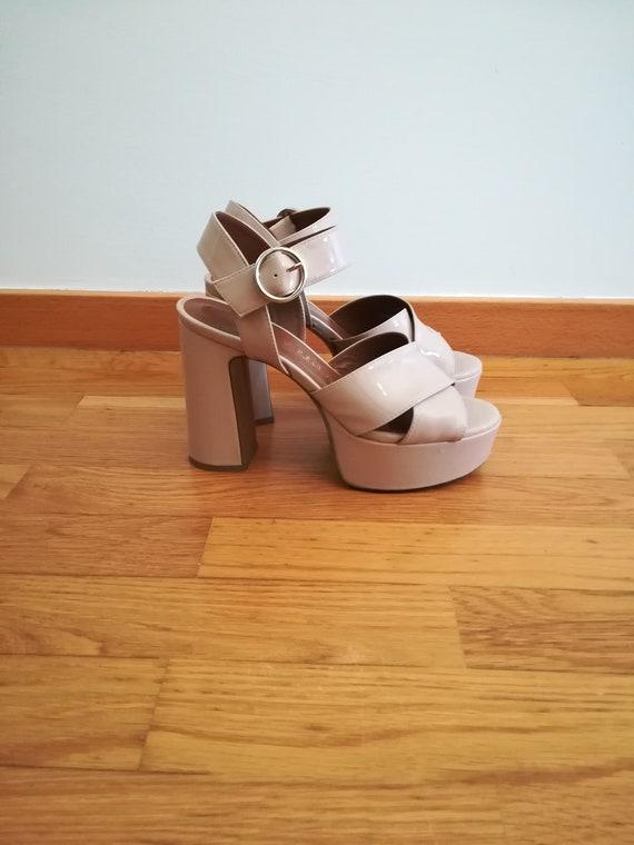Platform nude sandals