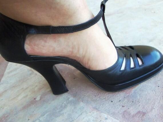 Black Pumps, black heels, Chuncky heels, Ladies Sh