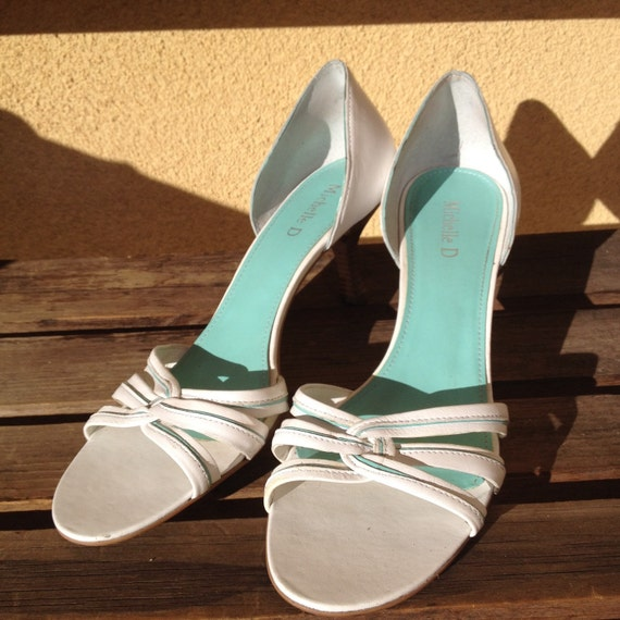 Bridal Shoes, White sandals, White Shoes, Size 9 s