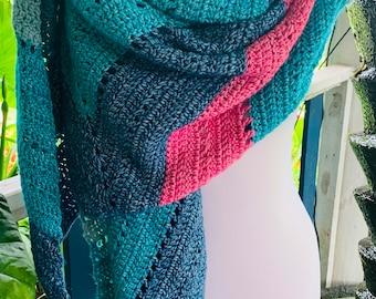 Ladies Large Crocheted Wrap
