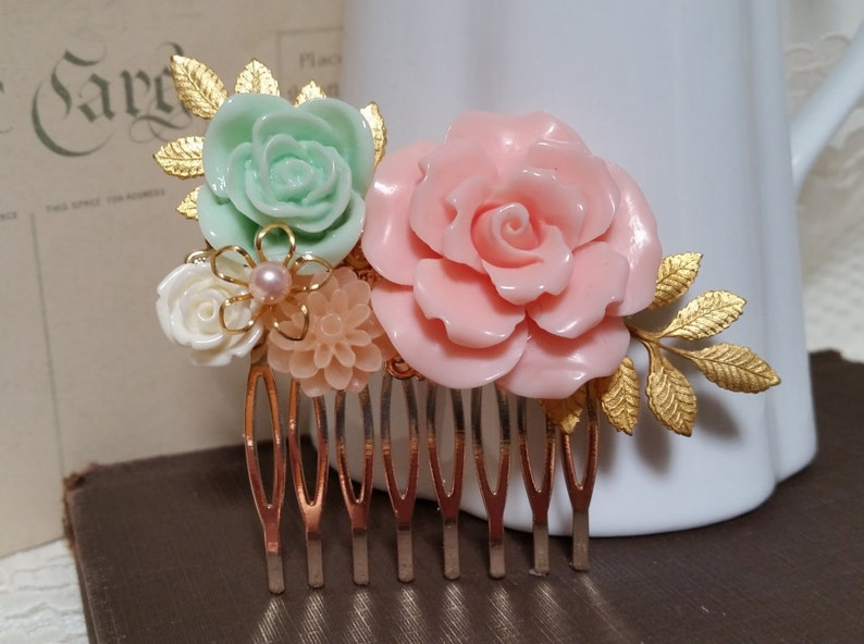 BRIDAL HAIR COMB Collage Assemblage Pink Mint Peach White Bridesmaids Gift Ideas Mother of the Bride Vintage Style Elegant Rustic Chic Bride