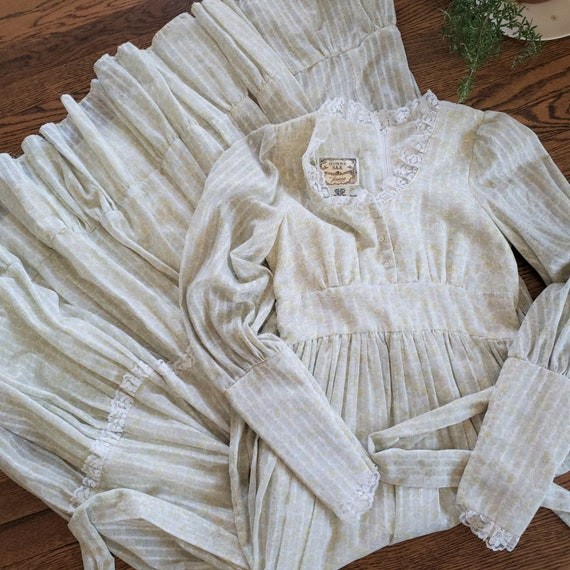 70s Gunne Sax pastel floral prairie dress   M - image 9