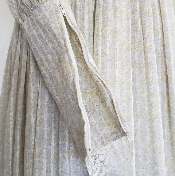 70s Gunne Sax pastel floral prairie dress   M - image 7