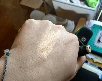 Ray of Light | HEMP SHIMMER STICK | Vegan Shimmer Balm | Shimmer Eye Shadow Base | Highlighter | Natural Highlighter | Luminizer