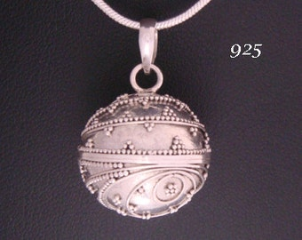 Harmony Ball 16mm Balinese 'Beehive' Motifs on the solid 925 Sterling Silver casing. Bola Necklace, Angel Caller, Pregnancy Gift 622-16mm