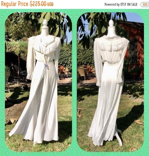 SALE 1940s Snowy White Flowing Rayon Gown S