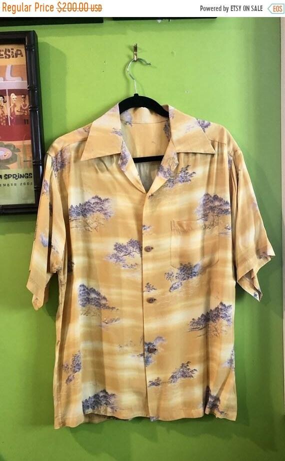 SALE 1940s Asian Print Rayon Crepe Hawaiian Shirt