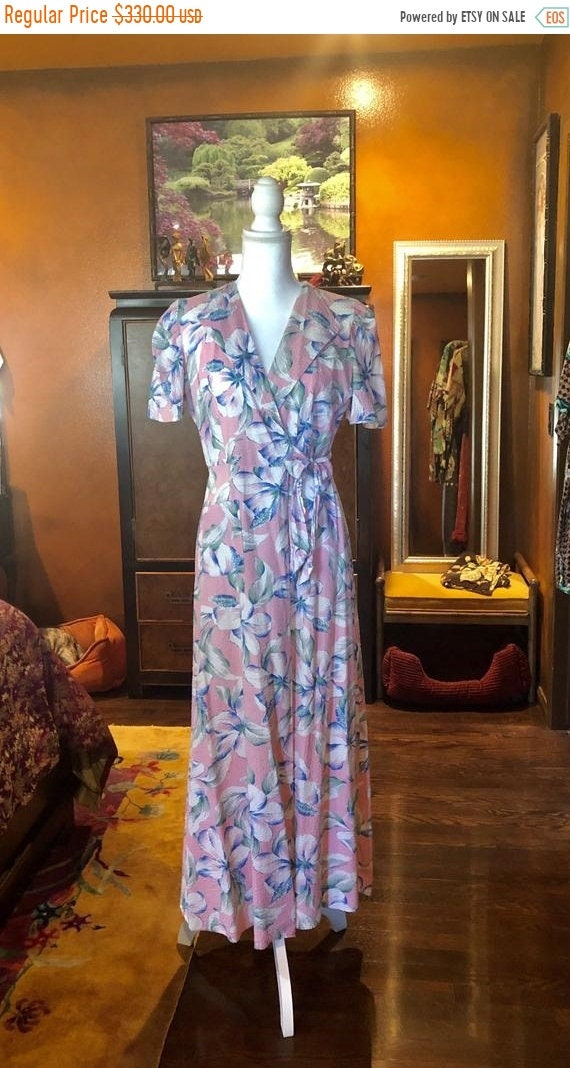 SALE 1940s Hawaiian Seersucker Dressing Gown SM