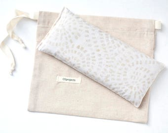 Lavender Eye Pillow, Heating pad, Eye pillow, Yoga Prop, Spa gift, Aromatherapy, Sleep Aid, Gift for mom, Organic flax pillow, Swirl, Gift