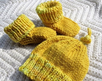 Baby Booties & Baby Hat Set Hand Knit Yellow Baby Set Yellow Merino Wool Baby Hat and Booties Hand Knit Yellow Merino Wool Baby Set