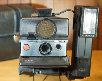 VINTAGE Polaroid SX-70 BC One Step Sonar Instant Film Camera w/ flash, stand, and case! Tested & Working!