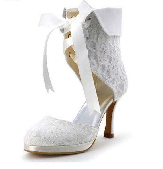 0eeffd2b510 Vintage lace Shoes Vintage Lace Bridal Shoes Ivory Bridal