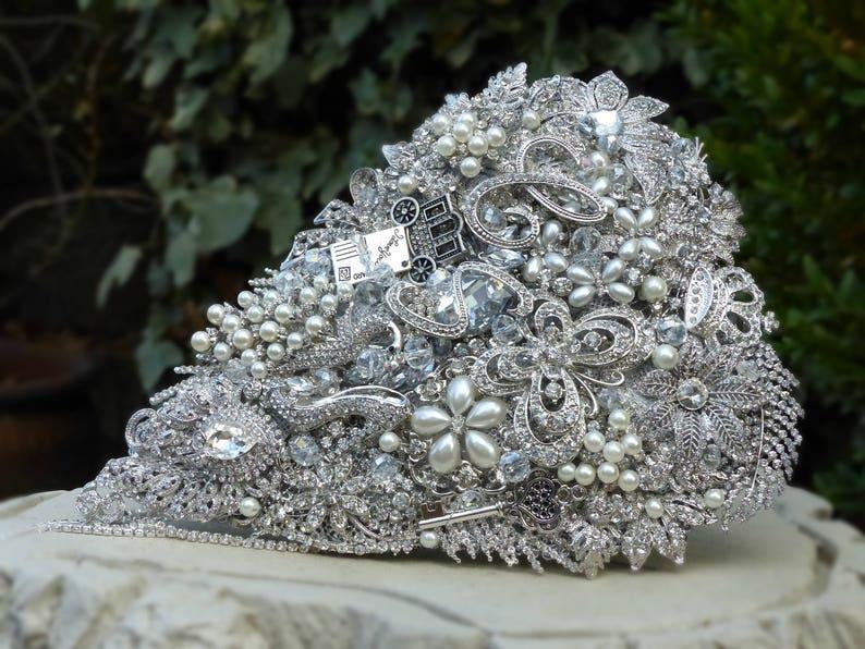 4b6f2367e1b14 Ref 4 Brides Brooch Bouquet Cascading Shower Wedding Flowers Teardrop  Cinderella Keepsake Clear Crystal Pearl
