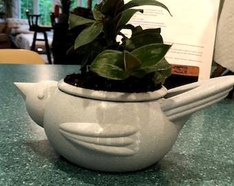 Self-Watering Bird planter