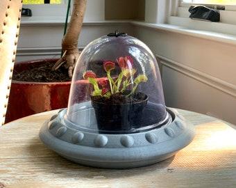 UFO Terrarium