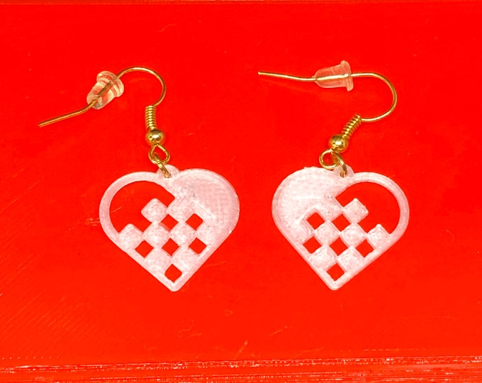 Featured listing image: Swedish Heart Earrings