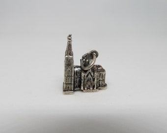 800 Kuln/Dom Cathedrel Church Charm W #784