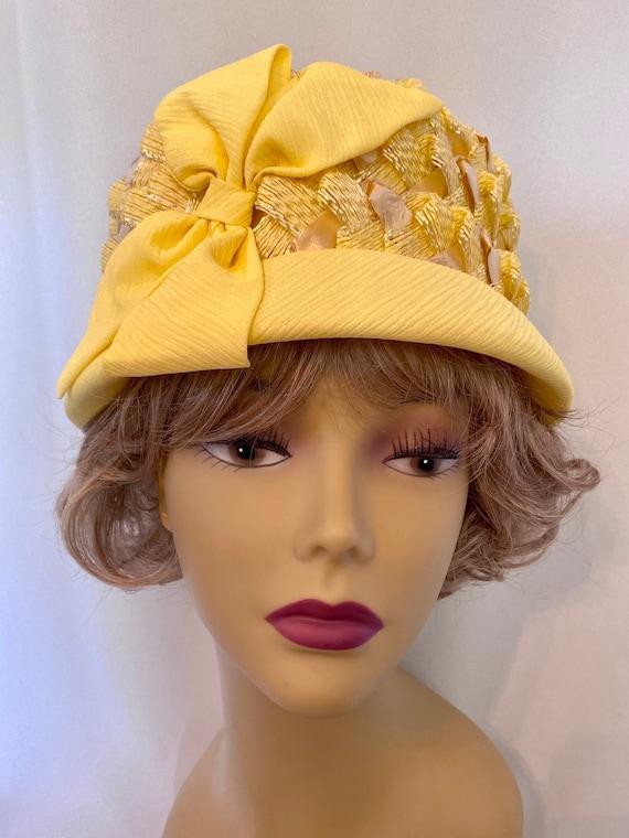 Vintage 1960's Bright Yellow Hat Tall Pillbox Styl