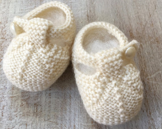 Baby Booties / Knitting Pattern Baby English Instructions / PDF / 4 Sizes Newborn - 3 months - 6 months - 9 months