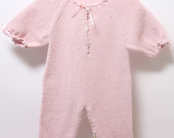 Baby jumpsuit / Knitting Pattern Instructions in French / PDF Instant Download / 4 Sizes : Newborn / 1 / 3 and 6 months