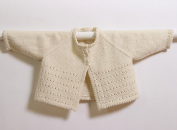 Baby Cardigan / Knitting Pattern Instructions in French / PDF Instant Download / Sizes 0-3 months / 6-9 months / 12-18 months