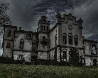 Abandoned mansion II, urban exploration, urbex