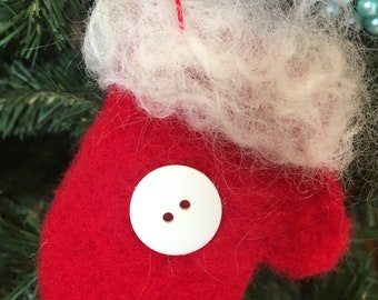 Red Felted Christmas Mitten with white button/Christmas Decoration/Holiday Gift/Gift Tag/Teachers Gift/Handmade Ornament