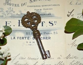 Antique French Fleur de Lis Bronze Barrel Key Hardware
