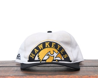 promo code eea5a 566d5 Vintage Distressed 90 s University Of Iowa Hawkeyes College Midwest  Snapback Hat Baseball Cap