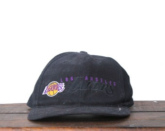 new arrival 3ab01 fc016 Vintage 90 s LA Los Angeles Lakers Basketball NBA California Snapback Hat  Baseball Cap